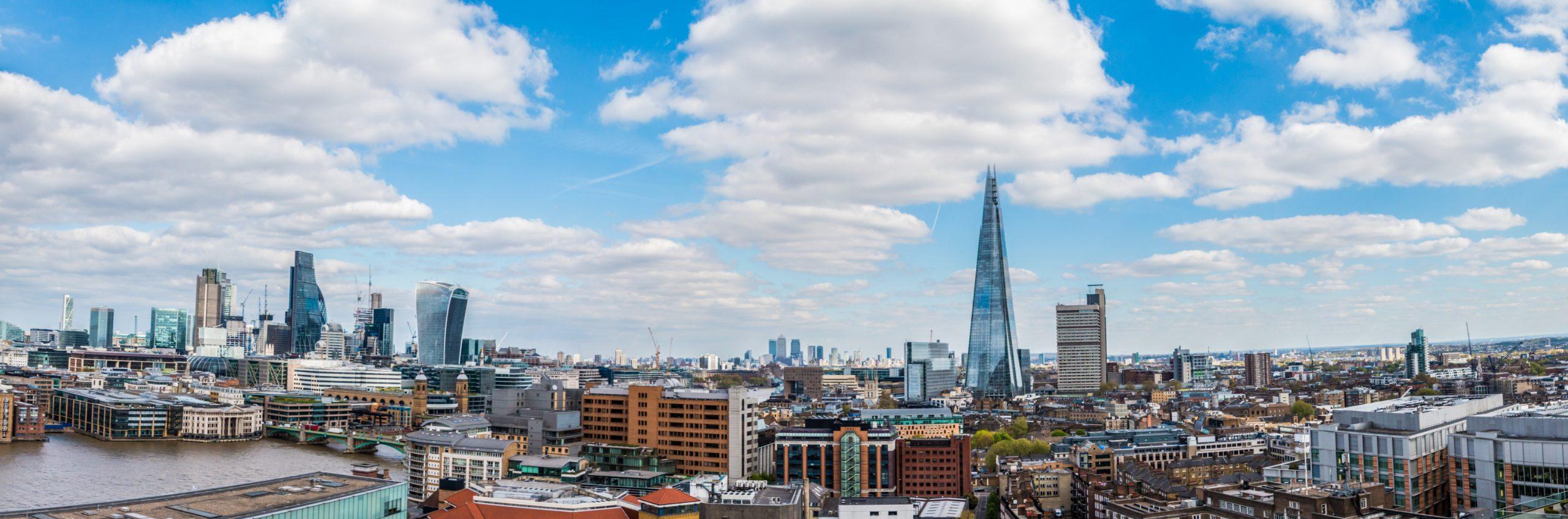 London Skyline daylight. Photos by TeeFarm from Pixabay